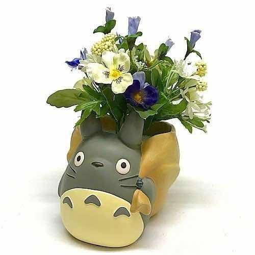 Mein Nachbar Totoro Blumentopf Delivered by Totoro